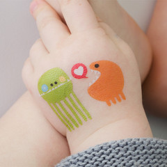 tattly_anke_van_der_meer_wuv_web_applied_2_medium