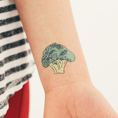 tattly_julia_rothman_broccoli_web_applied_02_medium